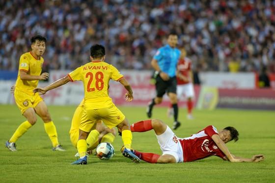 CLB TPHCM từng thua Hà Tĩnh ở trận lượt đi