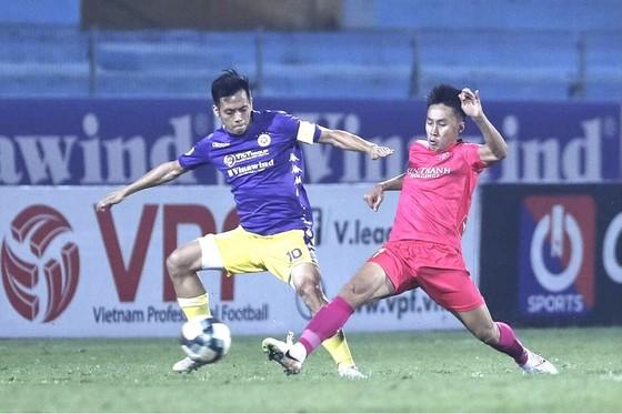 Siêu phẩm của Quang Hải khiến đội Sài Gòn hết cửa vô địch V-League  ảnh 1