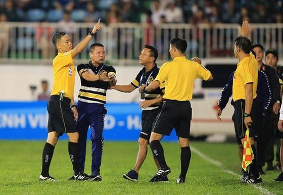 Trọng tài Ngô Duy Lân lỡ hẹn với trận 'chung kết' LS V-League 2020 ảnh 1