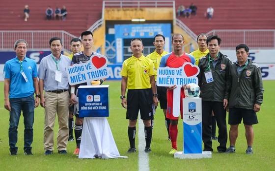 Giới bóng đá nhiều lần chung sức để tham gia hoạt động cộng đồng