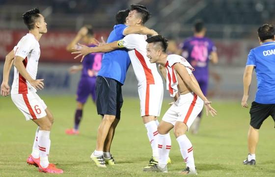 CLB Viettel lên vô địch LS V-League 2020 ảnh 3