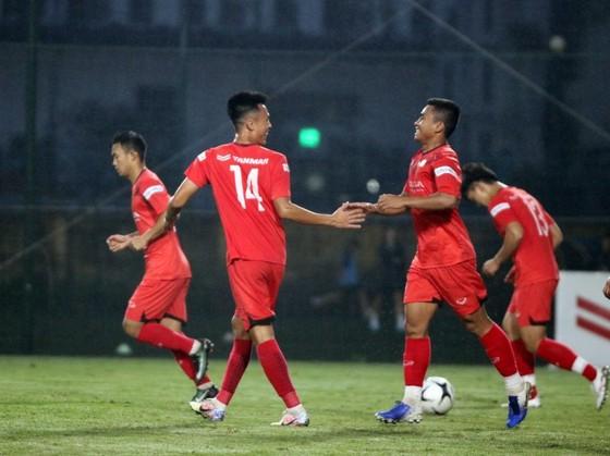 U22 Việt Nam kết thúc đợt tập huấn bằng chiến thắng trước U21 Nam Định ảnh 1