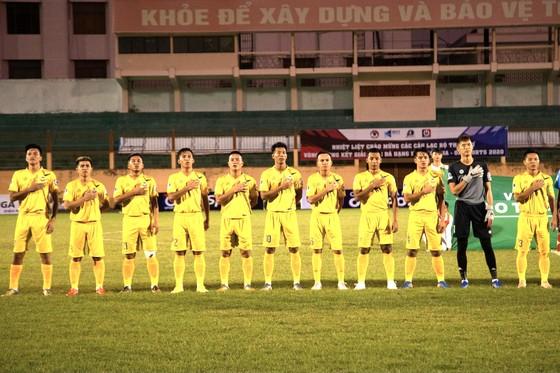 Vượt qua CAND, Gia Định giành vé thăng hạng cuối cùng ảnh 1