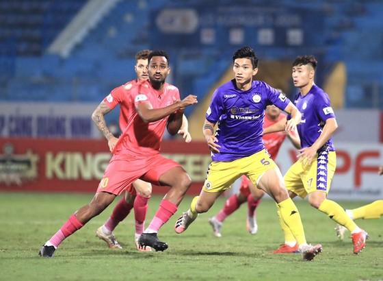 Văn Hậu đã ra sân từ giữa giai đoạn 2 LS V-League 2020