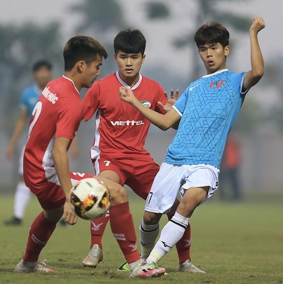 U17 PVF lần đầu vô địch giải đấu 'lạ lẫm' của bóng đá trẻ Việt Nam  ảnh 1