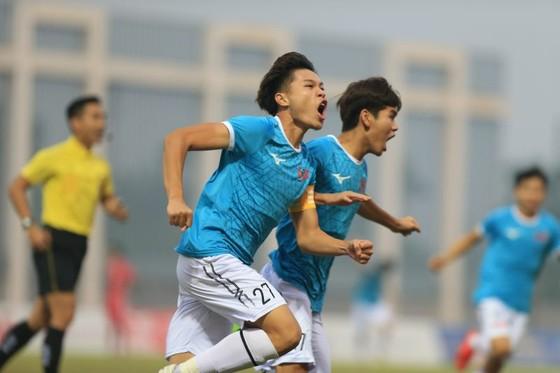 Niềm vui của các cầu thủ PVF
