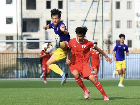 Hà Nội và PVF, hai ứng viên cho cuộc đua vô địch