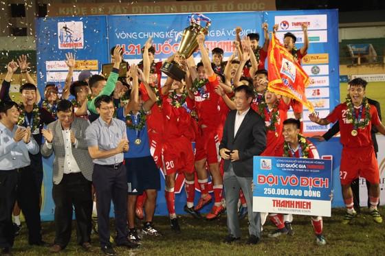 Viettel lần đầu tiên lên ngôi vô địch U21 Quốc gia ảnh 3