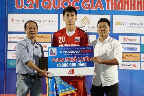 Viettel lần đầu tiên lên ngôi vô địch U21 Quốc gia ảnh 1