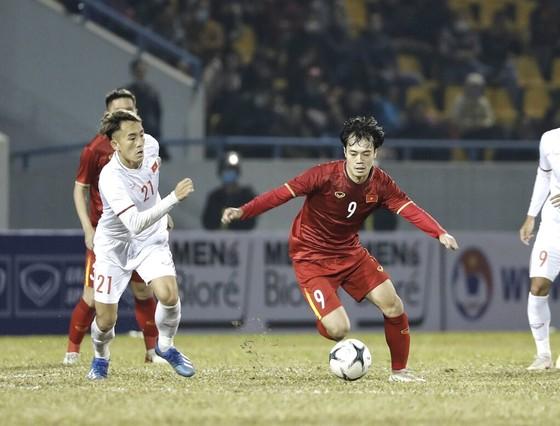 Đội tuyển Quốc gia nhọc nhằn đánh bại 'đàn em' U22 ảnh 2