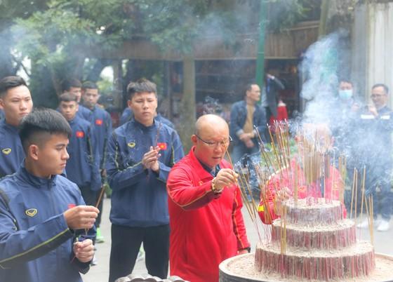 ĐTQG và U22 Việt Nam dâng hương tưởng nhớ các vua Hùng ảnh 3