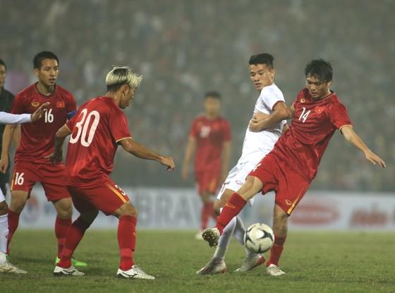 Quang Hải ghi siêu phẩm nhưng đội tuyển Quốc gia vẫn hòa U22 ảnh 2