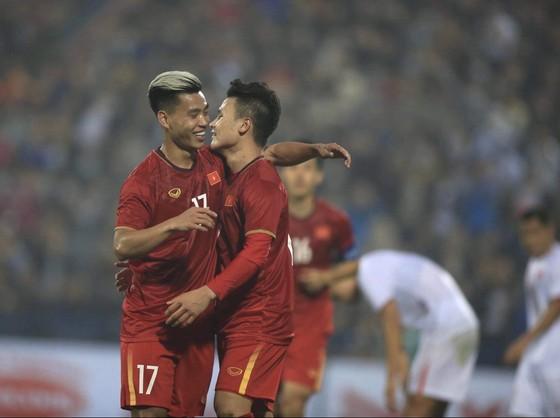 Quang Hải ghi siêu phẩm nhưng đội tuyển Quốc gia vẫn hòa U22 ảnh 1