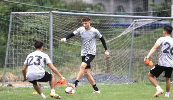 Hà Nội FC làm mới hàng công ảnh 1