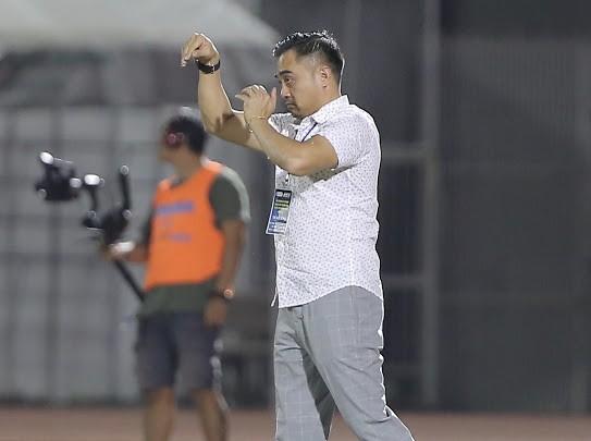 Điều cần thiết của cầu thủ Việt kiều khi chơi bóng tại Việt Nam ảnh 1