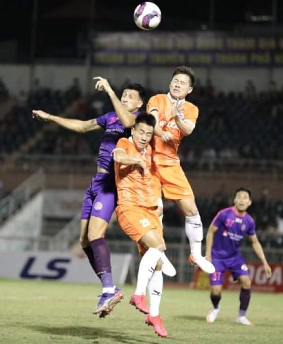 LS V-League 2021: Nóng từ các cuộc đua tranh lực lượng  ảnh 1