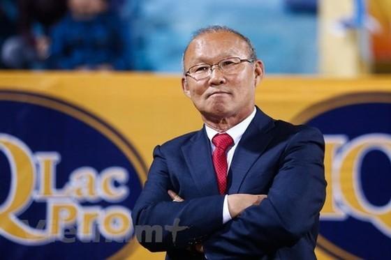 HLV Park Hang-seo cùng các cộng sự đã sang Việt Nam