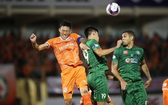 Topenland Bình Định trong trận thắng Sài Gòn FC ở giai đoạn 2 LS V-League 2021. Ảnh: DŨNG PHƯƠNG