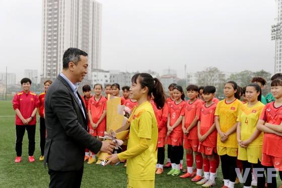 Giới bóng đá và ngày Quốc tế Phụ Nữ ảnh 1