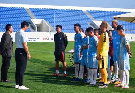 Sân Hòa Xuân sẽ đón 2.300 khán giả ở vòng 3