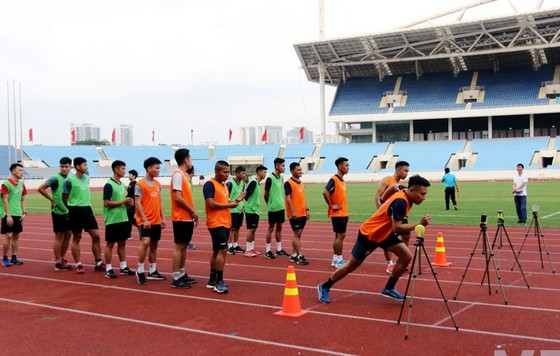 5 trọng tài rớt phần kiểm tra thể lực chuẩn bị cho các giải nữ, giải trẻ năm 2021 ảnh 1