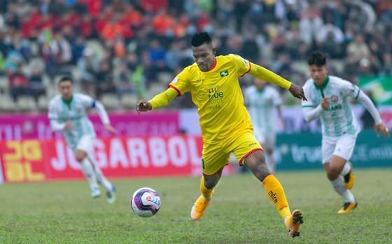 SLNA - Than Quảng Ninh: thành Vinh đi dễ nhưng... có khó về? ảnh 1