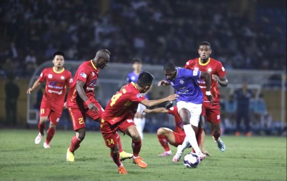CLB Hà Nội thắng trận thứ hai liên tiếp ảnh 1