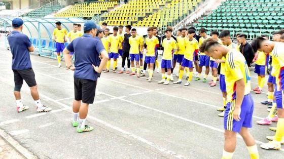 Phan Thanh Bình với trọng trách làm sống lại bóng đá trẻ Đồng Tháp ảnh 2