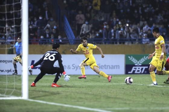 HAGL dẫn đầu LS V-League 2021 ảnh 1