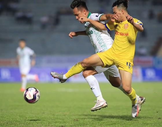 CLB Sài Gòn – Nam Định (19g15, ngày 28-3): Đua trụ hạng từ đây ảnh 1