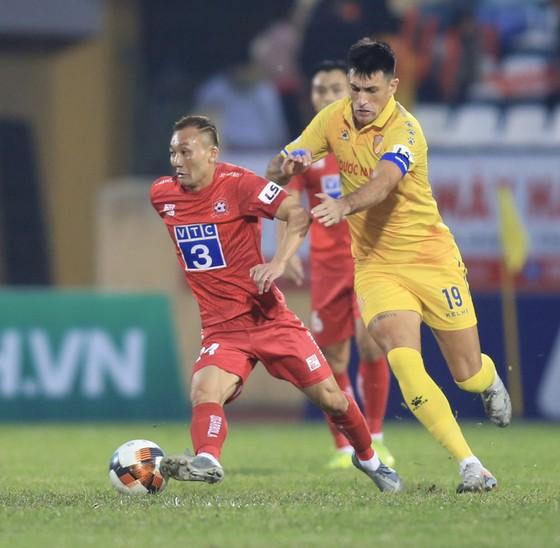 Cựu thủ quân đội bóng thành Nam, Đỗ Merlo hiện đang là tay săn bàn số 1 của CLB Sài Gòn