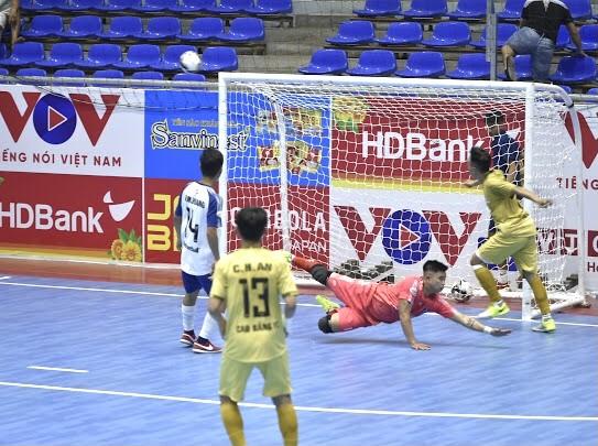 Vòng loại Giải futsal VĐQG 2021: Cao Bằng thắng trận ra quân ảnh 1