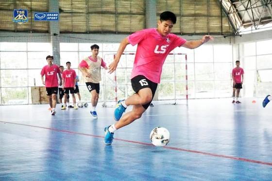 Thái Sơn Bắc tích cực tập luyện chuẩn bị cho mùa giải mới