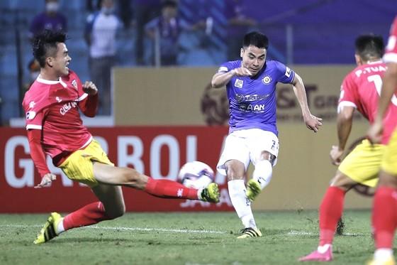 Hà Nội FC giành lại 1 điểm từ Hà Tĩnh ảnh 1