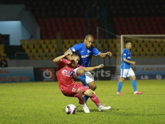 Than Quảng Ninh lên đầu bảng, Sài Gòn FC 'đội sổ'  ảnh 1