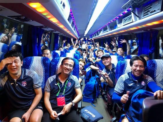 Các cầu thủ trụ cột của Than QN chấp thuận cùng đội đi Hà Nội thi đấu vòng 9