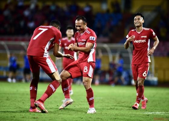 Topenland Bình Định - Viettel FC: Con gà tức nhau tiếng gáy  ảnh 1