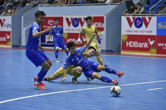 Zetbit Sài Gòn giành 3 điểm sau 'cơn mưa' bàn thắng  ảnh 1