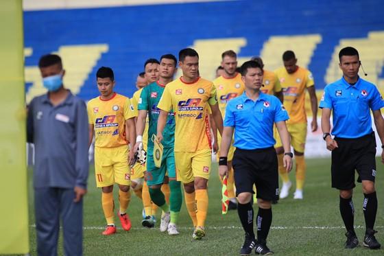 Sài Gòn FC và SLNA 'bít cửa' vào tốp 6 ảnh 1