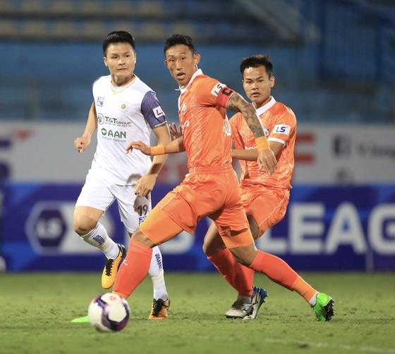 Tạm dừng LS V-League 2021 để phòng chống dịch Covid-19  ảnh 1