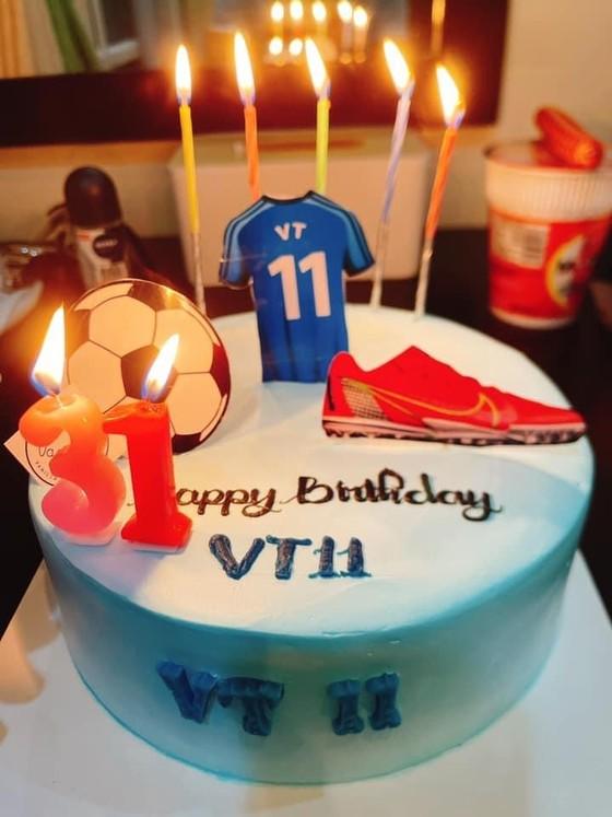 Sinh nhật đáng nhớ của thủ quân đội tuyển futsal Việt Nam  ảnh 3