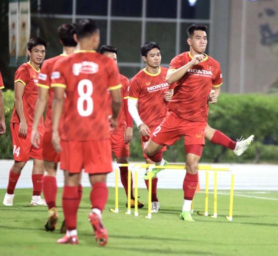 Văn Toàn: 'Đội tuyển Việt Nam đang có nhiều cầu thủ chơi tấn công hay' ảnh 1