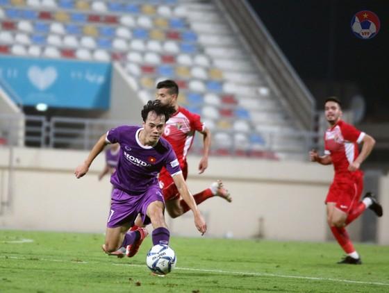 CĐV được vào sân xem Đội tuyển Việt Nam thi đấu tại UAE ảnh 1