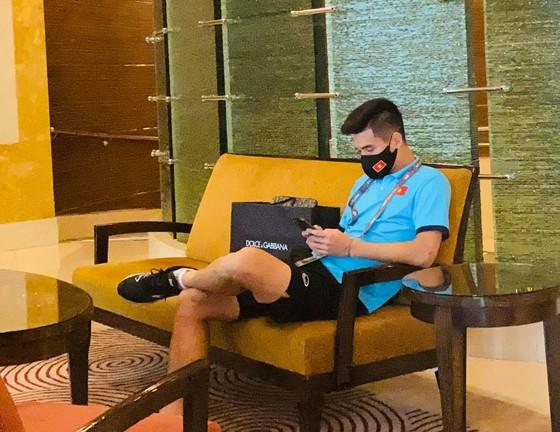 Đội tuyển Việt Nam đến khách sạn mới cùng 4 đội còn lại ảnh 7