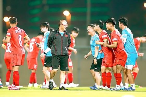 HLV Bert van Marwijk: 'UAE lúc này mạnh hơn rất nhiều thời điểm thua Việt Nam' ảnh 1
