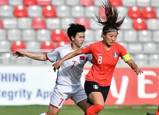 Đội tuyển nữ Việt Nam lên hạng 32 thế giới