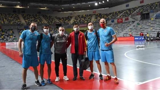 Giải futsal Tứ hùng Tây Ban Nha: Đội tuyển Việt Nam tái ngộ người quen ảnh 1