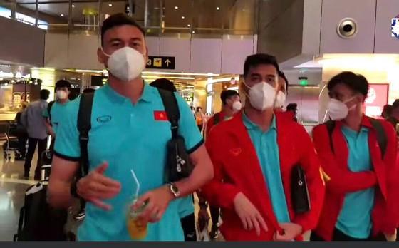 Thủ môn Đặng Văn Lâm nhập cùng đội tuyển khi đến Doda