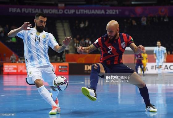 Argentina đã thể hiện sức mạnh trước đội Mỹ hôm ra quân với chiến thắng 11-0