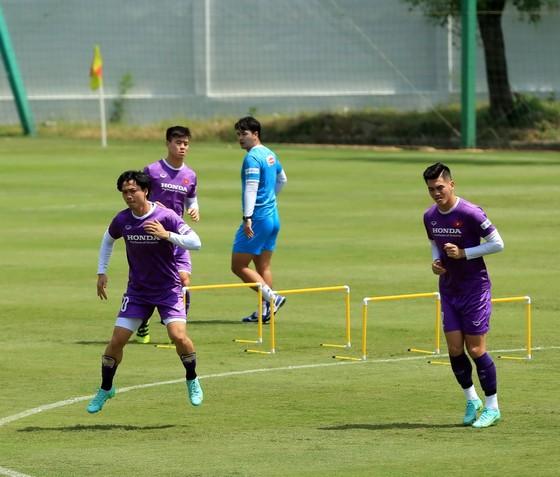 Tiền vệ Đức Huy tự tin trước trận gặp Trung Quốc ảnh 5